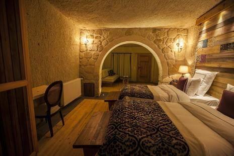 Mahzen Queen Hotel