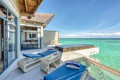 Movenpick Resort Kuredhivaru Maldives