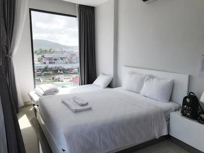 Nipola Hotel