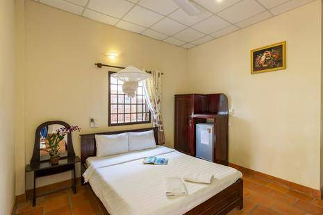 Diadem Hotel