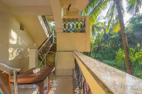 Morjim Palms Guesthouse
