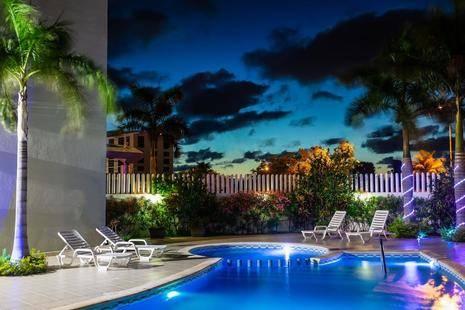 One Cancun Centro
