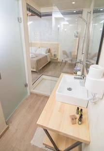 Panellinion Luxury Rooms