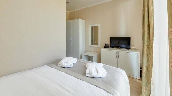 Lisi Hills Hotel