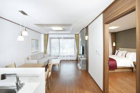 Holiday Suite Condo 72m (Alpensia)