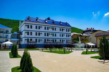 Отель Мореми
