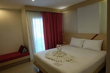 Sun Sea Sand Hotel