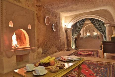 Flintstones Holiday Cave Hotel