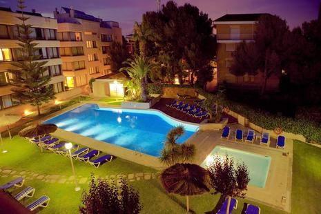 Apartamentos Atenea Park