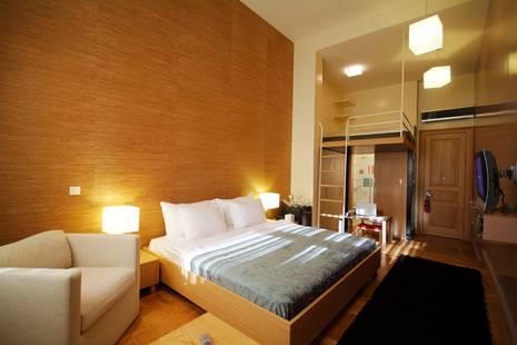 Lush Hotel