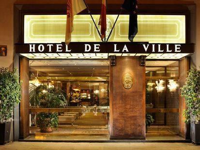 De La Ville Hotel