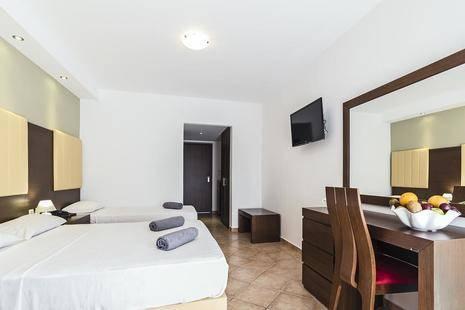 White Olive Premium Hotel Laganas