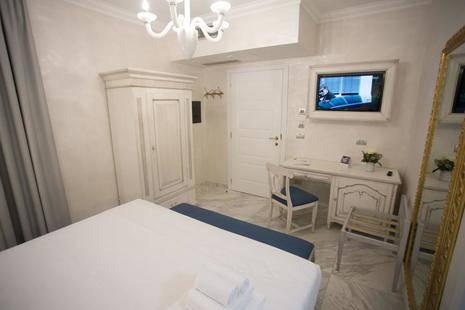Colomba D'Oro Hotel