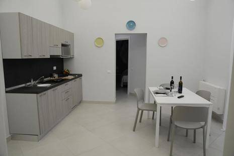 Dionisos Apartments