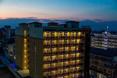 Undersun Отель