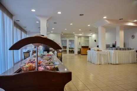 Felicity Hotel