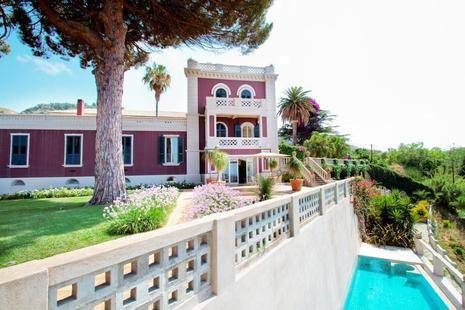 Villa Paola (Adults Only 18+)