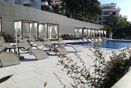 Girassol Hotel