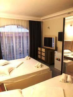 Aristocrat Hotel