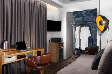 360 Degrees Pop Art Hotel