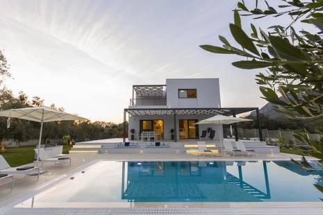 Villa Acaste