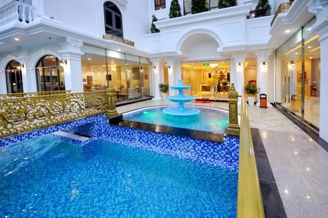 Crown Nguyen Hoang Hotel