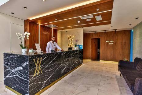 Hotel Wow