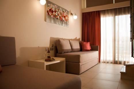 Kaly Bay Luxury Studios & Apartments