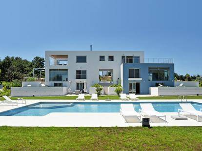 Luxury Beach Villa (Ex.Villa K&K)