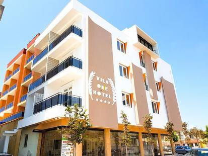 Vila One Beach Hotel