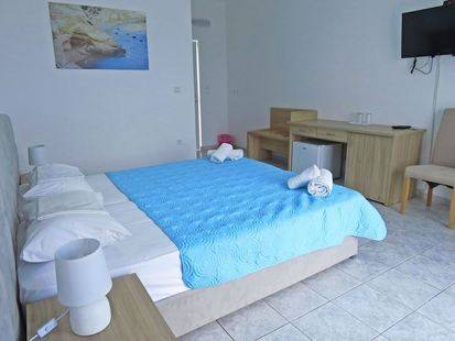 Lucas Rooms