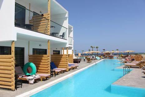 Evita Bay Hotel