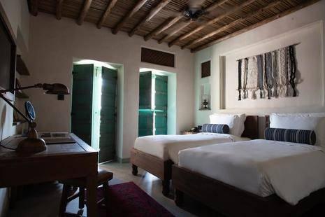 Al Seef Heritage Hotel Dubai, Curio Collection By Hilton