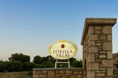Estrella Villas