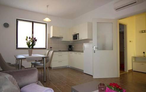 Apartment House Helena