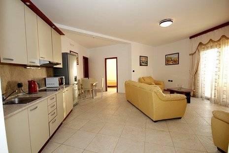 Rafailovici Apartments