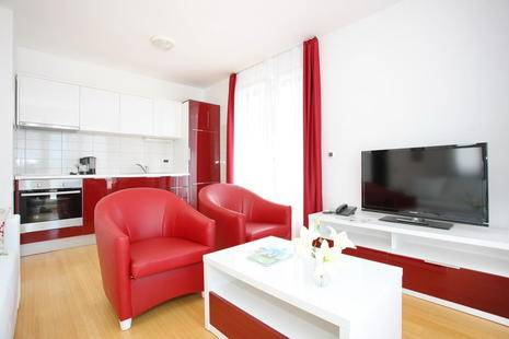 Sunny Side Apartments Petrcane