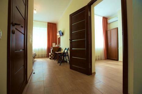 Отель Катран