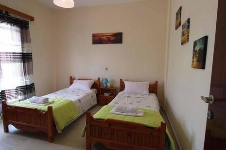 Katerina Eleni Apartments