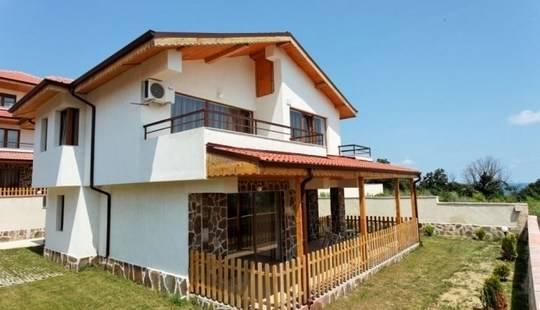 Villa Vemara Club