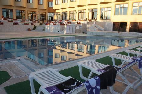 Mustafa Hotel