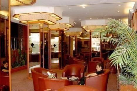 Monopol Hotel