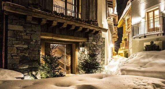 La Mourra Hotel Village