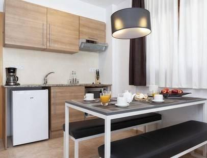 Wuau! Apartments Segle Xx