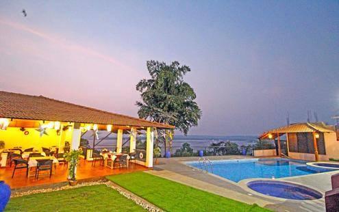 Raposo Holiday Resort