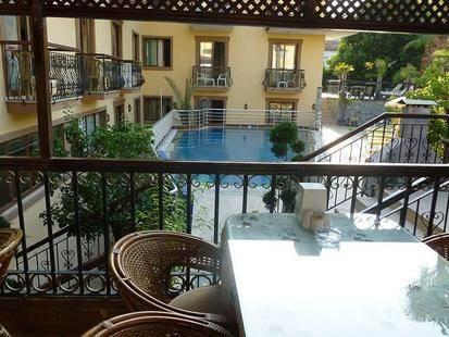 Orange Garden Hotel And Aparts