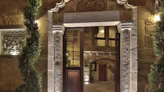 Explorer Cave Hotel Boutique