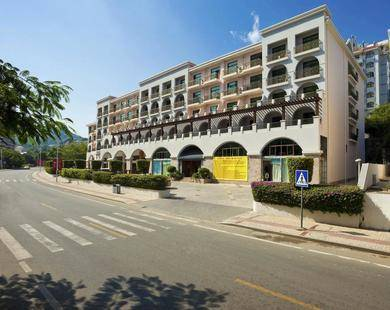 Baohong Hotel (New Building)