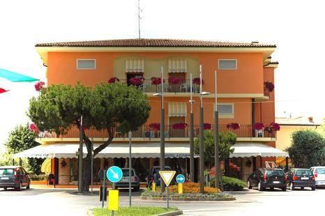 Azzurra Hotel
