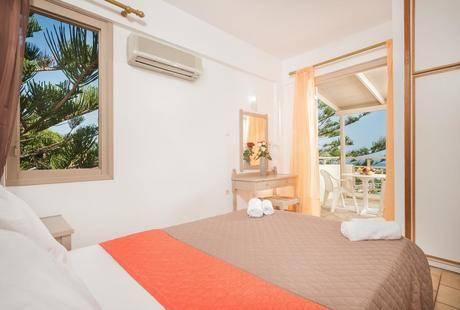 Panorama Sea View Studios & Apartments